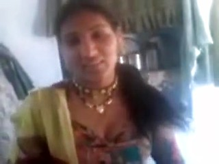 Hot North Indian Womany's Pussy And Boobs Show