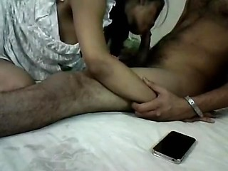 Skinny Slut Screwed In Home Made Indian Porn Video