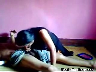 The Slutty Indian Girlfriend Giving Hot Headjob
